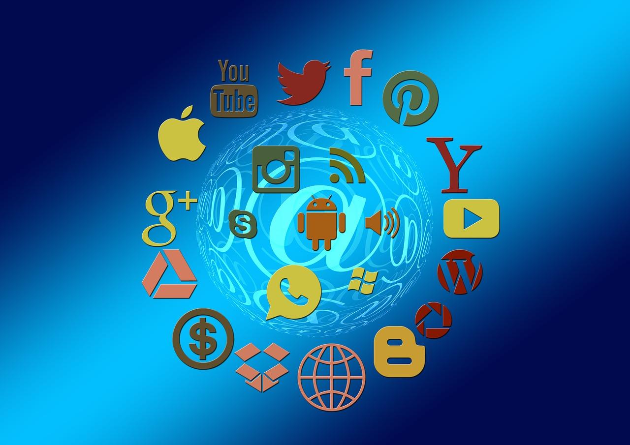 social-media-1430512_1280