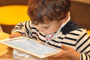 child-with tablet