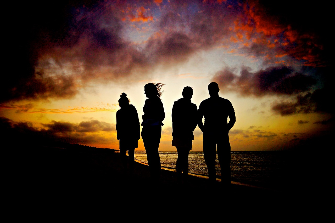 sunset family silhouette32